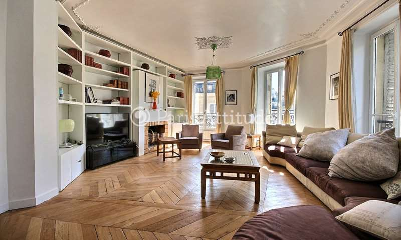 Rent Apartment 3 Bedrooms 130m² rue des Rosiers, 4 Paris