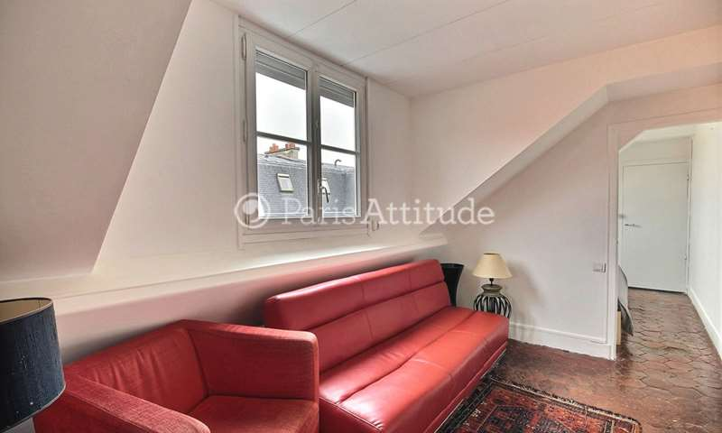 Rent Apartment 1 Bedroom 50m² rue de Sevigne, 75003 Paris