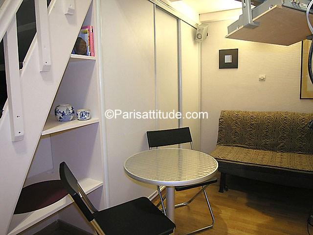 Rent Apartment Studio 17m² rue Saint Ambroise, 75011 Paris