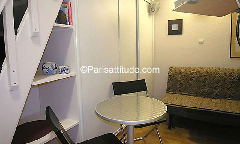 Rent Apartment Studio 17m² rue Saint Ambroise, 11 Paris