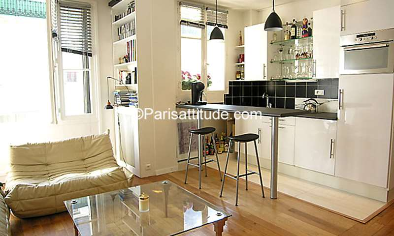 Rent Apartment 1 Bedroom 45m² rue Volta, 75003 Paris