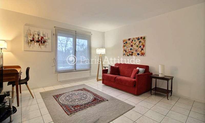 Location Appartement Studio 30m² rue Gustave Charpentier, 17 Paris