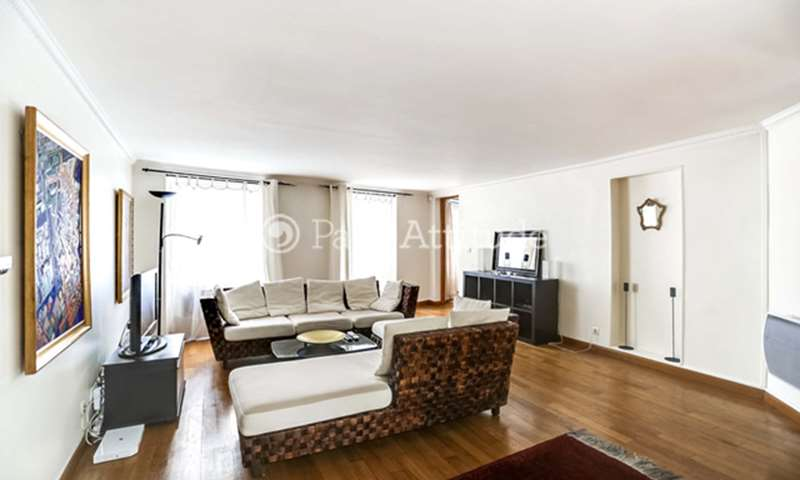 Rent Duplex 1 Bedroom 75m² rue du Faubourg Montmartre, 75009 Paris