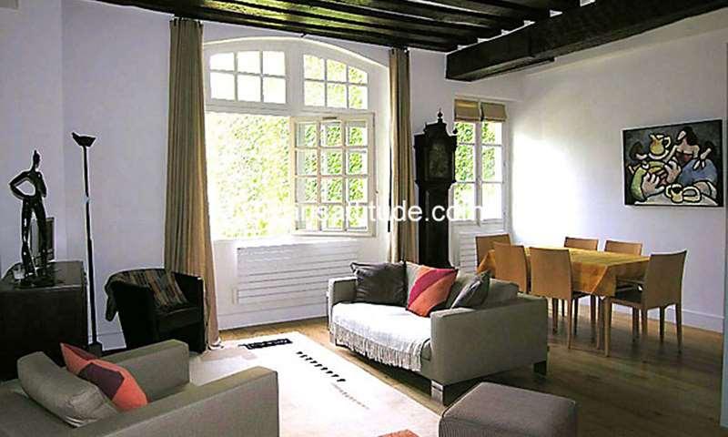 Rent Apartment 2 Bedroom 70m² rue des Minimes, 75003 Paris