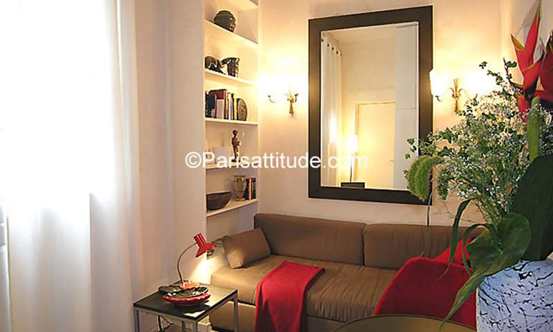 Rent Apartment Studio 13m² rue d Hauteville, 75010 Paris