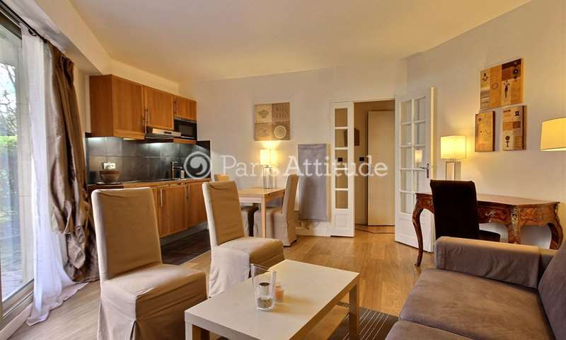 Rent Apartment 1 Bedroom 42m² rue Cino Del Duca, 17 Paris
