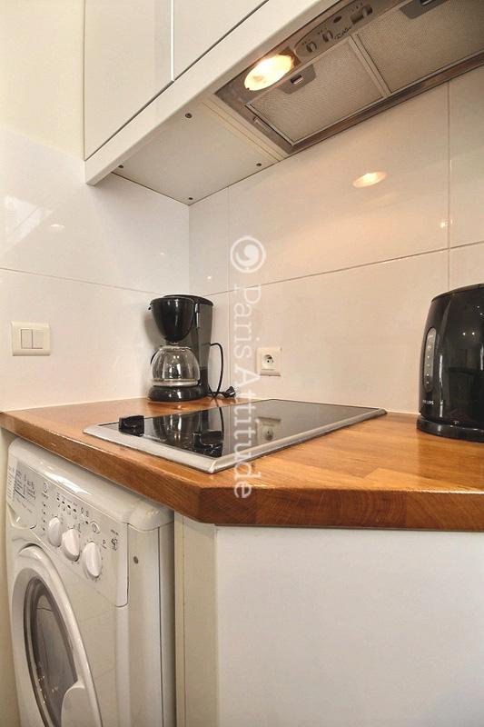 Louer un appartement paris 75011 33m bastille ref 2413 for Louer une chambre sans fenetre
