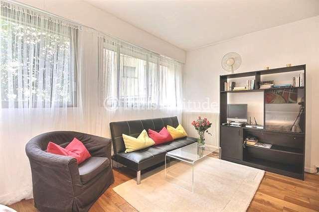 Louer Appartement meublé Studio 27m² rue de Fleurus, 75006 Paris