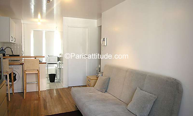 Rent Apartment Studio 27m² rue de Ponthieu, 8 Paris