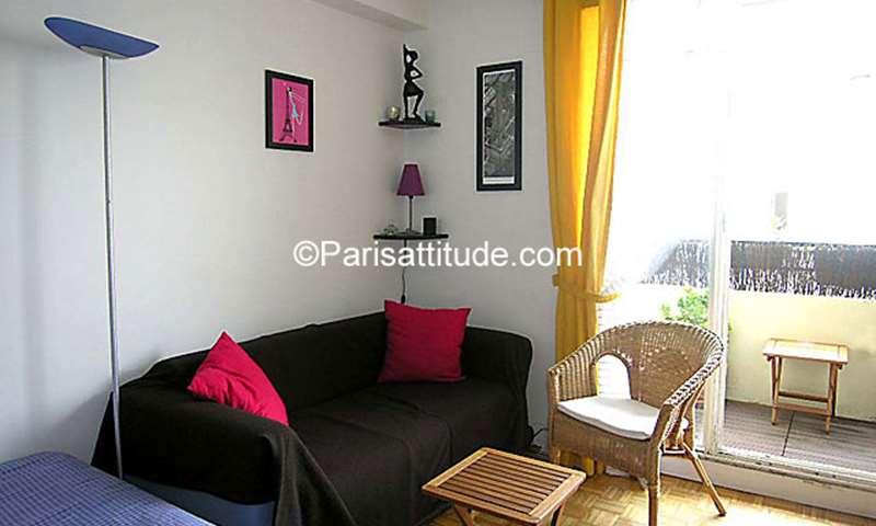Rent Apartment Studio 30m² rue de Nice, 11 Paris