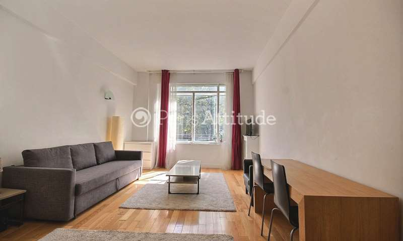 Rent Apartment Studio 40m² avenue Franklin D. Roosevelt, 8 Paris