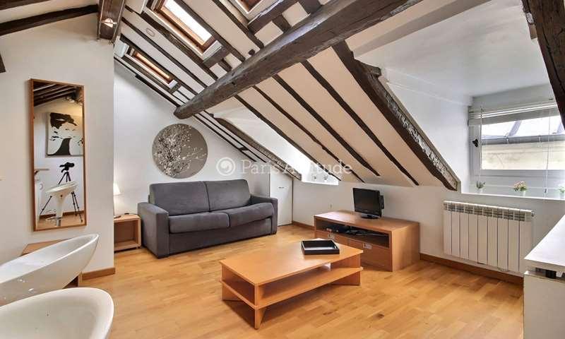 Location Appartement Studio 18m² rue de Turenne, 3 Paris