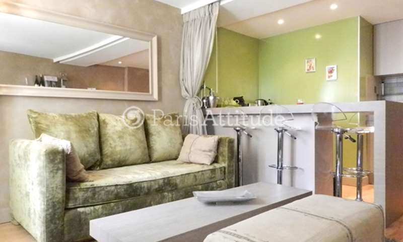 Rent Apartment 1 Bedroom 38m² rue Mouffetard, 5 Paris