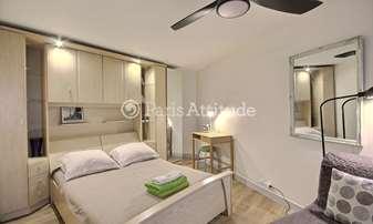Rent Apartment Alcove Studio 26m² rue de Turenne, 3 Paris