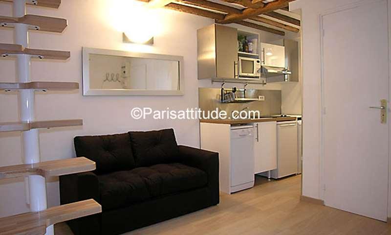 Rent Apartment Alcove Studio 17m² rue Boutarel, 75004 Paris