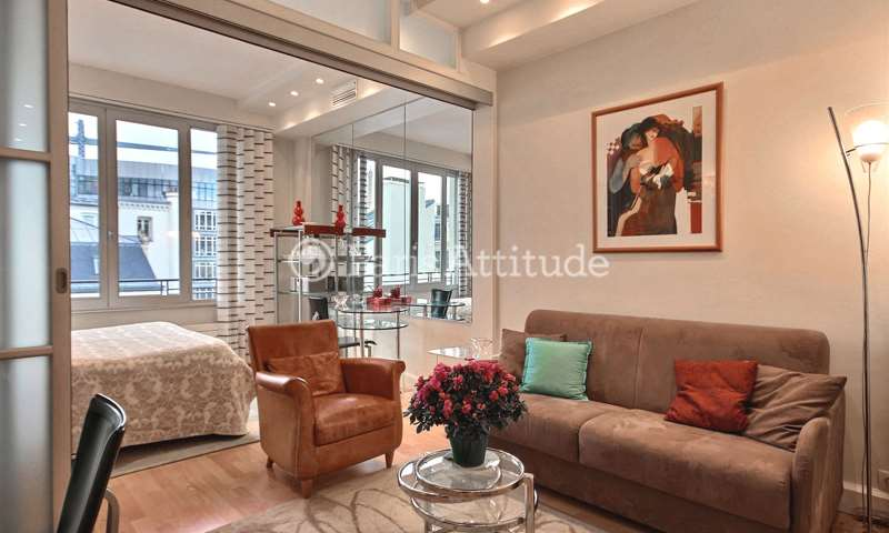 Rent Apartment 1 Bedroom 40m² avenue Franklin D. Roosevelt, 75008 Paris