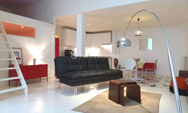 Rent Loft 2 Bedrooms 72m² rue Joseph de Maistre, 75018 Paris