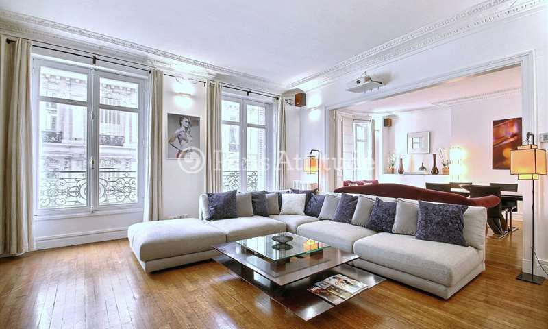 Rent Apartment 2 Bedrooms 140m² rue Arsene Houssaye, 8 Paris