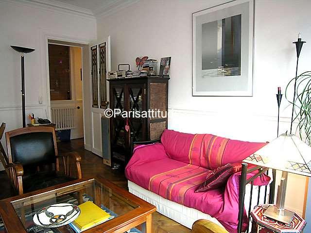 Rent apartment in paris 75020 44m p re lachaise ref 2894 for Living room 75020
