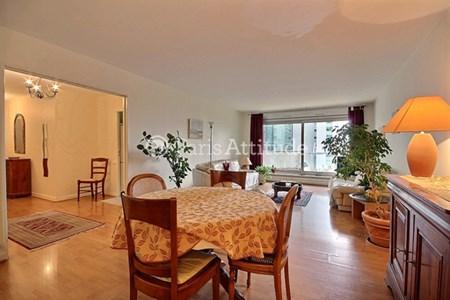 location meubl e proche la d fense paris. Black Bedroom Furniture Sets. Home Design Ideas