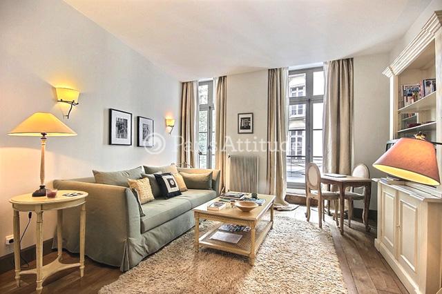 Louer un appartement paris 75002 45m bonne nouvelle for Chambre de bonne a louer paris week end