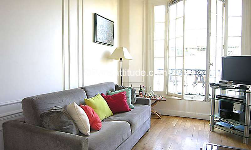 Rent Apartment 1 Bedroom 43m² rue Lamblardie, 12 Paris
