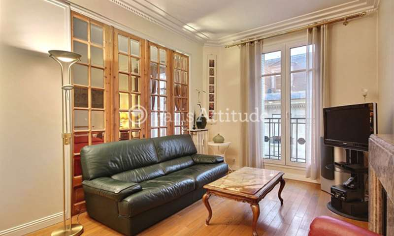 Rent Apartment 1 Bedroom 44m² rue Chateaubriand, 8 Paris