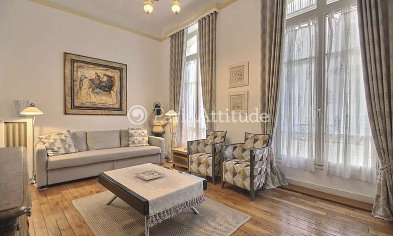 Rent Apartment 1 Bedroom 72m² rue Saint Roch, 75001 Paris