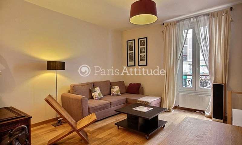 Location Appartement 2 Chambres 70m² rue Lepic, 18 Paris