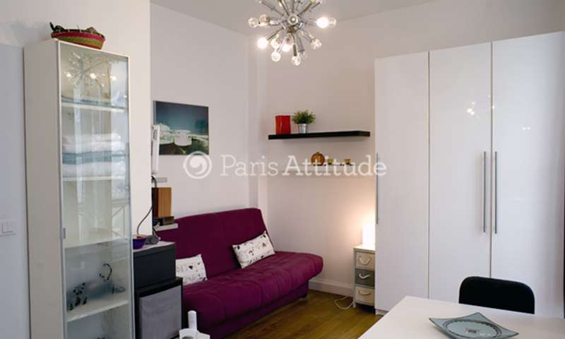 Rent Apartment Studio 17m² rue Saint Antoine, 75004 Paris