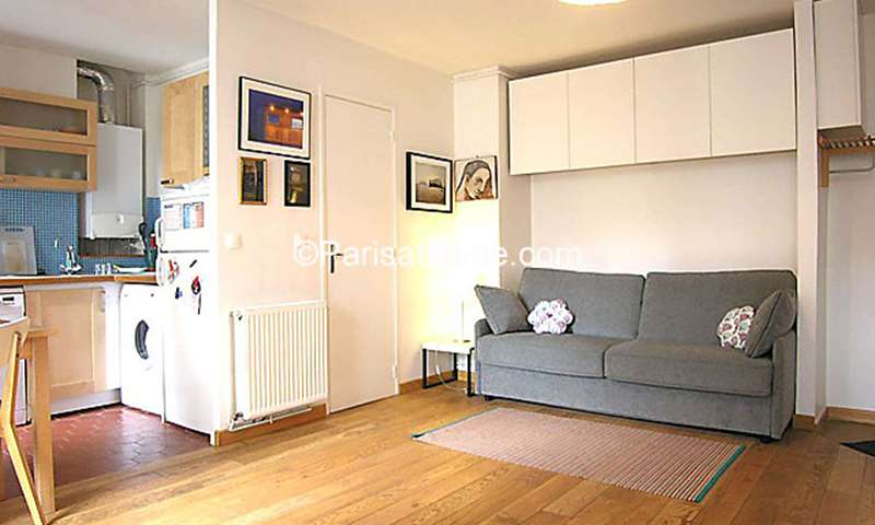 Rent Apartment Studio 29m² rue de la Grange aux Belles, 75010 Paris