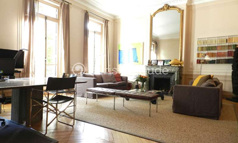 Rent Duplex 4 Bedrooms 243m² Place Henri Bergson, 8 Paris