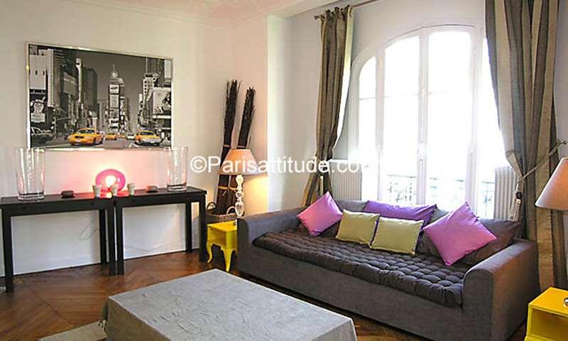 Location Appartement 2 Chambres 56m² rue Custine, 18 Paris