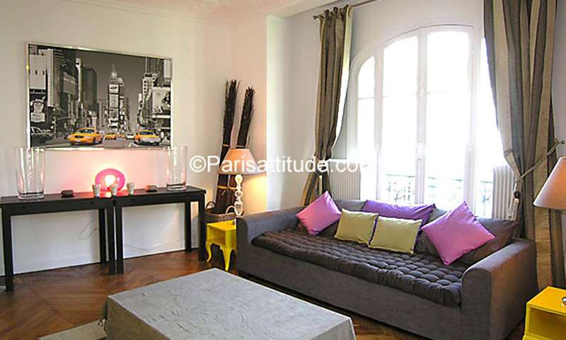 Location Appartement 2 Chambres 56m² rue Custine, 75018 Paris