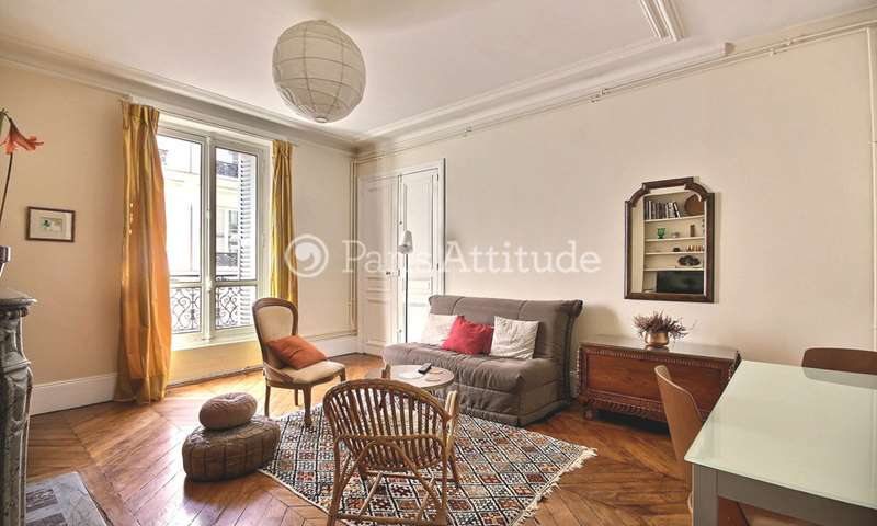 Location Appartement 1 Chambre 50m² rue Victor Masse, 9 Paris