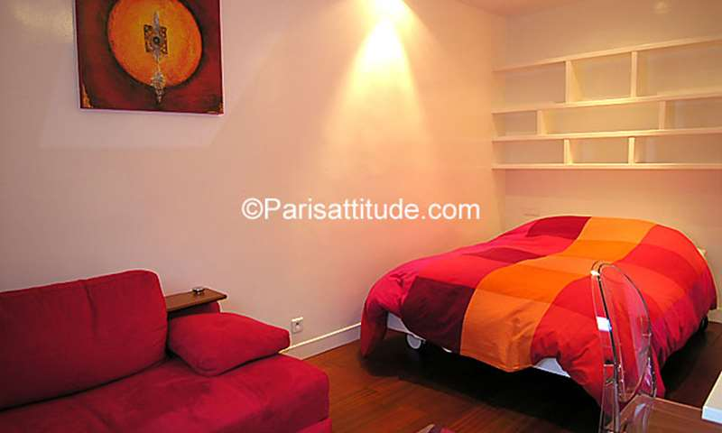 Rent Apartment Studio 35m² avenue Franklin D. Roosevelt, 8 Paris