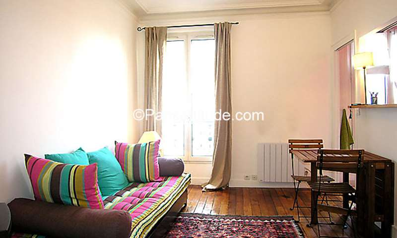 Rent Apartment 1 Bedroom 38m² avenue Claude Vellefaux, 75010 Paris