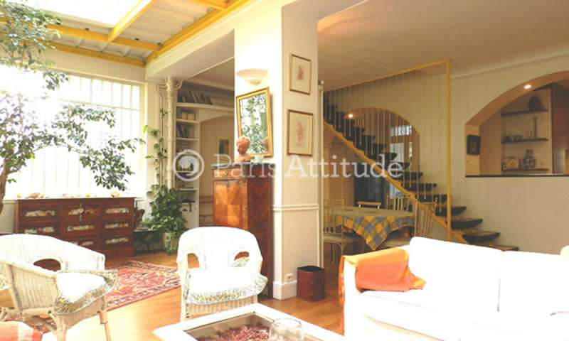 Rent Duplex 4 Bedrooms 165m² rue de Belzunce, 10 Paris