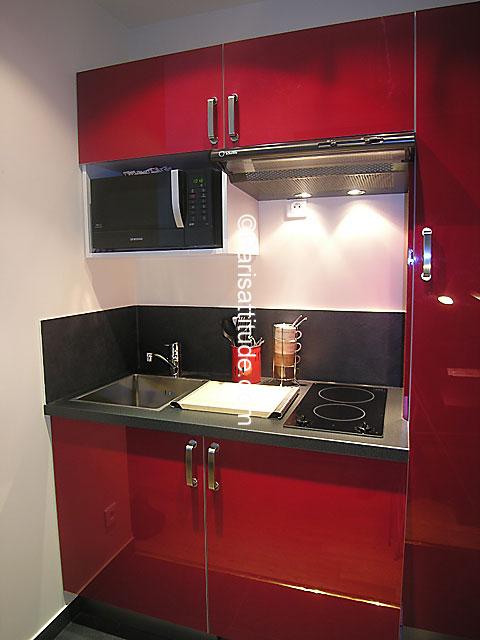 louer un appartement paris 75016 15m porte de saint cloud ref 4186. Black Bedroom Furniture Sets. Home Design Ideas