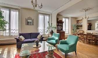 Rent Apartment 2 Bedrooms 85m² rue Saint Placide, 6 Paris