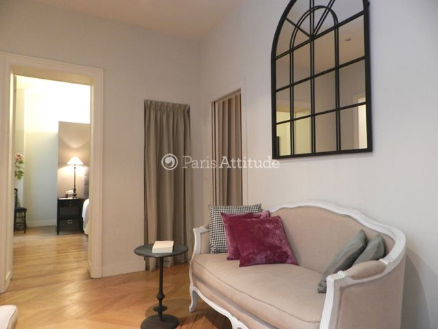 Rent furnished Apartment 2 Bedrooms 75m² rue du Grenier Saint Lazare, 75003 Paris