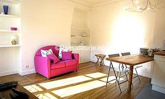 Rent Duplex 2 Bedrooms 62m² Villa Michel-Ange, 16 Paris