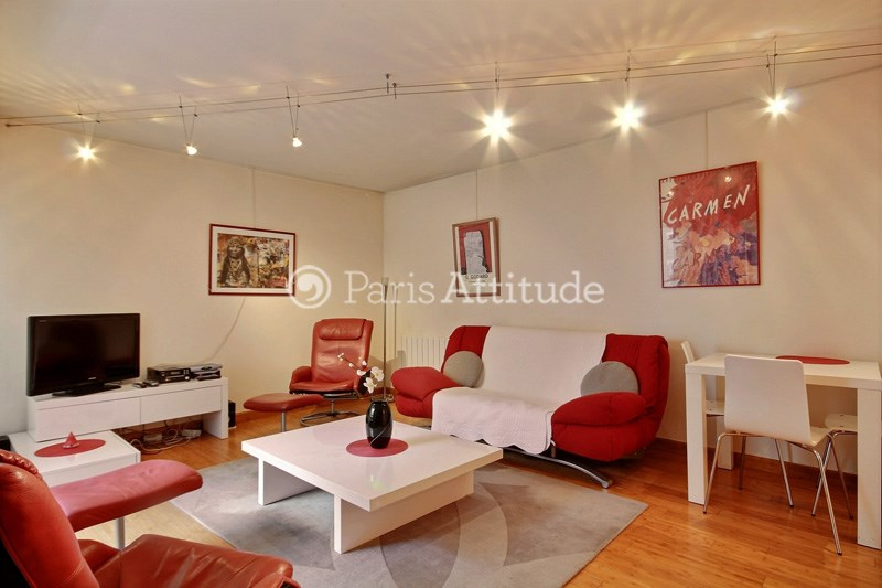 Rent Apartment 1 Bedroom 54m² rue de la Chine, 75020 Paris