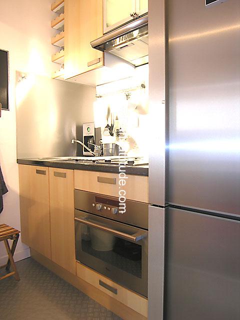 louer un appartement paris 75009 30m notre dame de lorette ref 4482. Black Bedroom Furniture Sets. Home Design Ideas