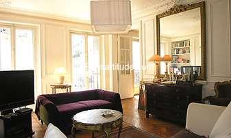 Rent Apartment 2 Bedrooms 105m² rue Blanche, 9 Paris