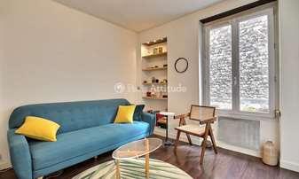 Rent Apartment Alcove Studio 30m² rue du Mont Cenis, 18 Paris