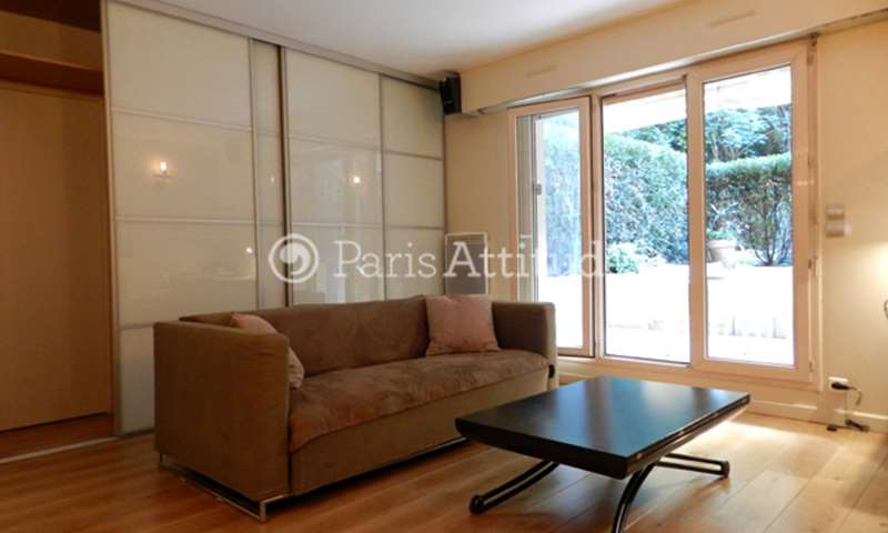 Rent Apartment Studio 35m² rue Damremont, 75018 Paris