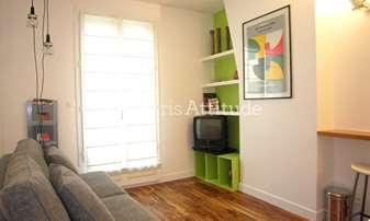Rent Apartment Studio 14m² rue Saint Paul, 4 Paris