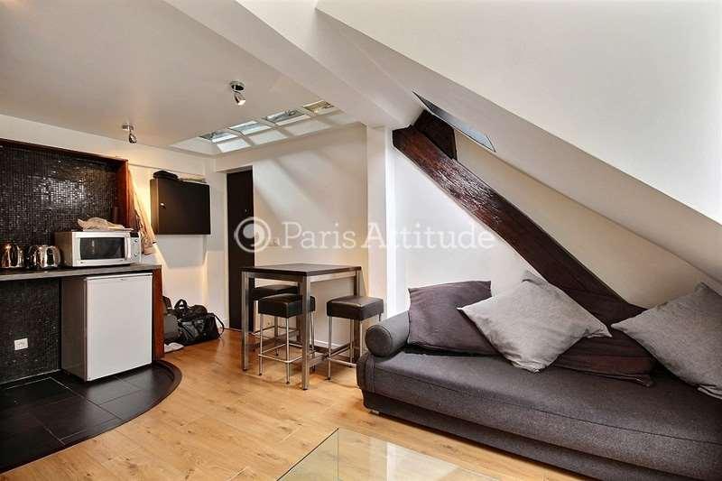 Louer un duplex paris 75002 37m montorgueil ref 4725 for Louer une chambre sans fenetre
