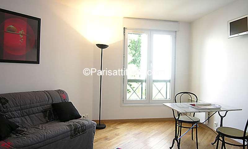 Rent Apartment Studio 22m² passage Dubail, 10 Paris